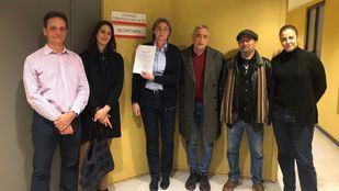 Los ediles de Más Madrid Rita Maestre, Marta Higueras, Marta Gómez y Paco Pérez entregan la documentación para pedir medidas cautelarísimas contra la llegada de los residuos del Este a Valdemingómez.