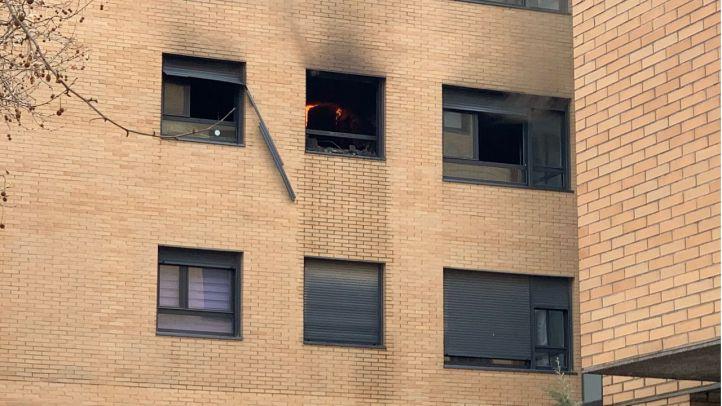 Un muerto y un herido muy grave en el incendio de un piso