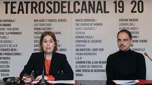 Marta Rivera de la Cruz, consejera de Cultura de la Comunidad, y Alberto Conejero, nuevo director del Festival de Otoño.