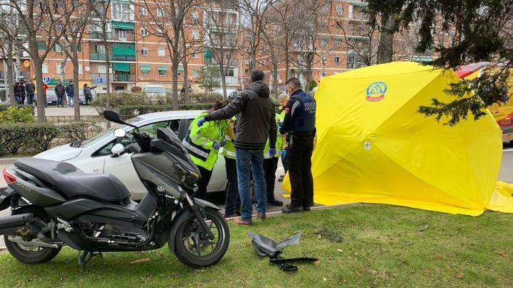 Muere un motorista de 44 años en Carabanchel