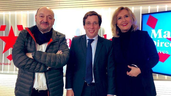 El alcalde de Madrid, Martínez-Almeida, en su visita este lunes a la tertulia de Com.Permiso