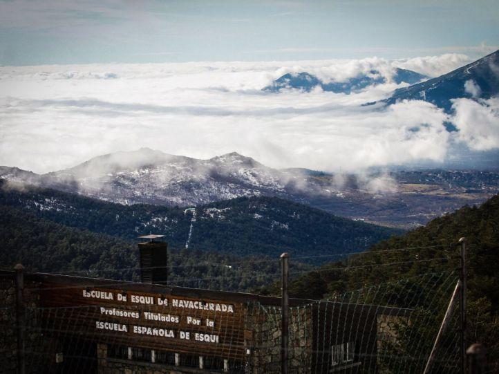 Escuela de esquí en Navacerrada.
