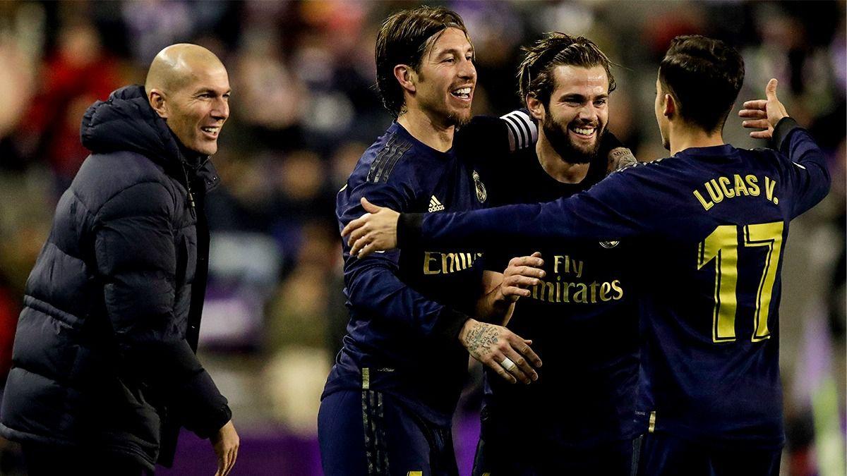 Un gol de Nacho da la victoria al Madrid en Zorrilla y deja a los blancos líderes tras el batacazo blaugrana en Valencia.