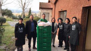 Mercadona donará diariamente productos al comedor social 'Manos de ayuda social' de Vallecas