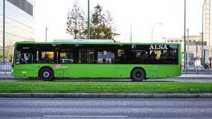 Transportes estudia ampliar a todas las líneas las paradas de bus bajo demanda