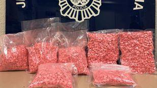 Detenido con 20.000 pastillas de éxtasis rosa en la estación sur de Méndez Álvaro