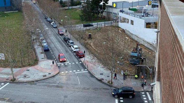 Los vecinos de Carabanchel Alto exigen paralizar las obras de la nueva gasolinera