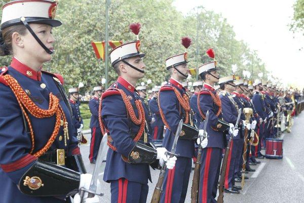 Participantes en el Día de las Fuerzas Armadas en Madrid
