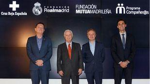 Jaime Gregori (Cruz Roja), Enrique Sánchez (Fund Real Madrid), Lorenzo Cooklin (Fund Mutua) y Alvaro Arbeloa.j