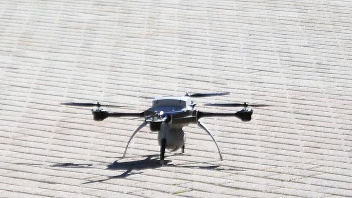 La Policía Nacional neutraliza en Madrid el vuelo ilegal de tres drones cada día