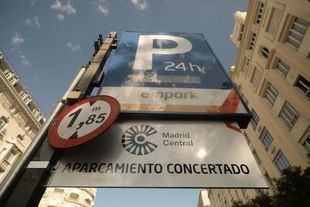 El Ayuntamiento no descarta reducir las mil plazas del aparcamiento de Retiro