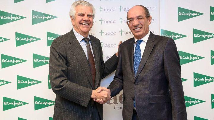 Ignacio Muñoz Pidal, presidente de la Asociación Española Contra el Cáncer, y José Luis González-Besada, Director de Comunicación y RRII de El Corte Inglés.