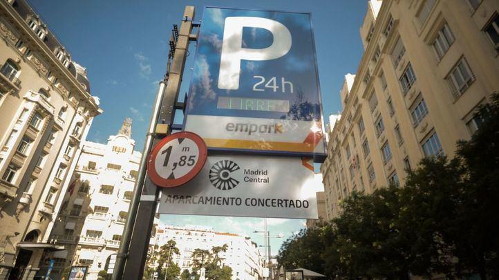 Vecinos de Retiro entregarán 30.000 firmas contra el parking