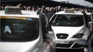 El sector del taxi convoca una concentración un año después de la huelga masiva