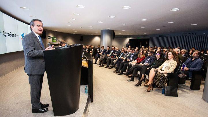 """CaixaBank celebra en Madrid una jornada en torno a los """"Retos de la PAC"""" dirigida a profesionales vinculados al sector agroalimentario"""