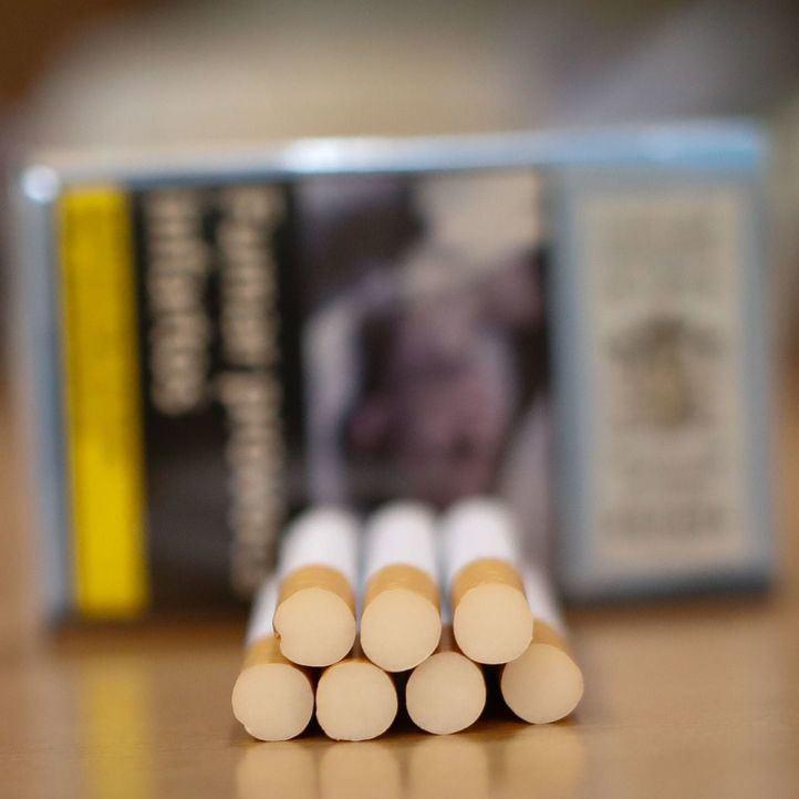 Sanidad apunta a una subida del precio del tabaco