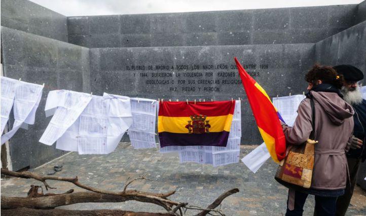 Madrid rechaza la cesión a Rivas del memorial de La Almudena: 'No hay planes para las placas'
