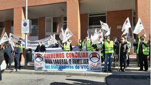 Conductores de VTC se movilizan para exigir un convenio propio