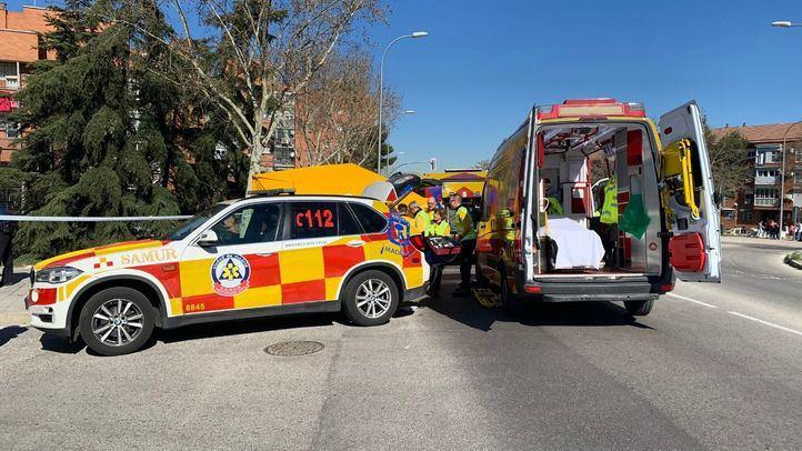 El motorista ha sido trasladado en estado crítico al Clínico