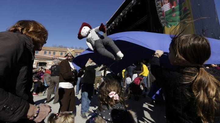 El manteo del pelele, tradición imperdible del domingo de carnaval madrileño