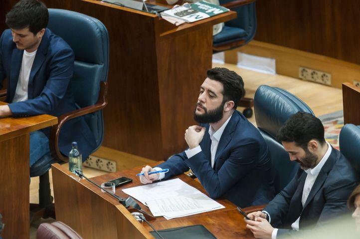 Zafra considera 'indigno' que Sánchez pretenda subir los impuestos 'para pagar los favores independentistas'