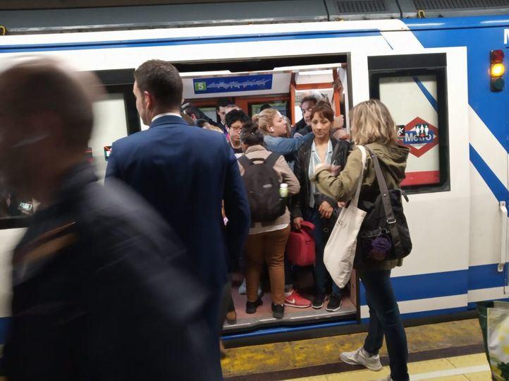 Metro reactiva su plan de desamiantado