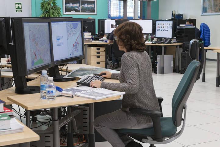 Más de un centenar de expertos internacionales trabaja en este centro