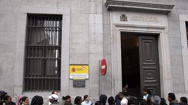 ¿Tienes trámites por hacer en el Registro Civil de Madrid? Ahora es más fácil