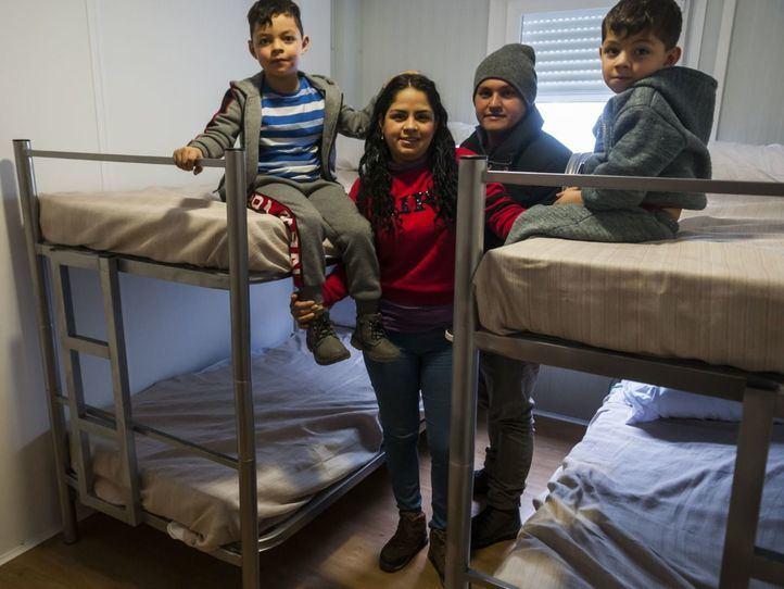 Inauguración del centro temporal de acogida de refugiados en Vallecas el 8 de febrero.