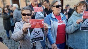 Canceladas las movilizaciones por el amianto en Orcasitas tras el acuerdo con el Ayuntamiento