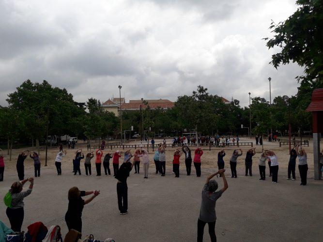 Domingos de deporte colectivo en Carabanchel