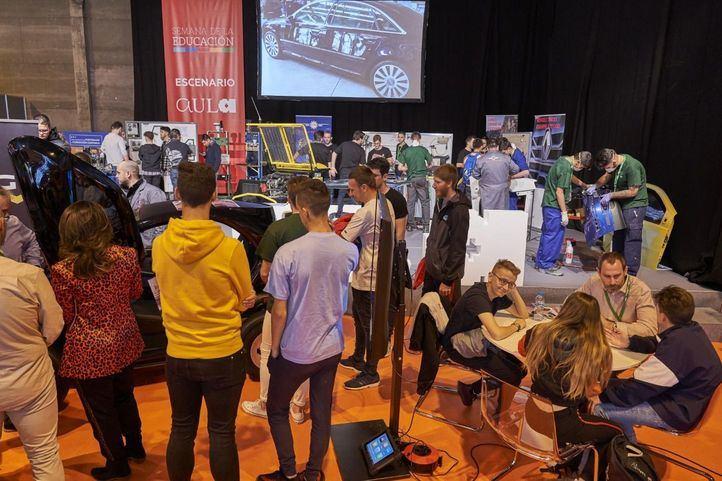 La UCM expone en Aula 2020 una de las mayores ofertas de estudios de España para el curso 2020/21