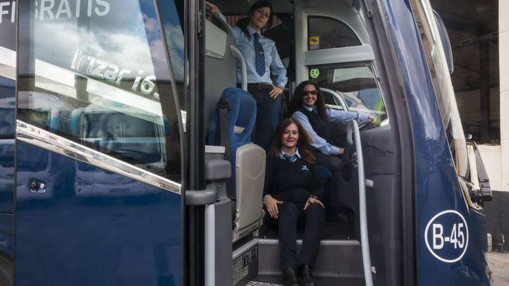 Mujeres conductoras de autobús: