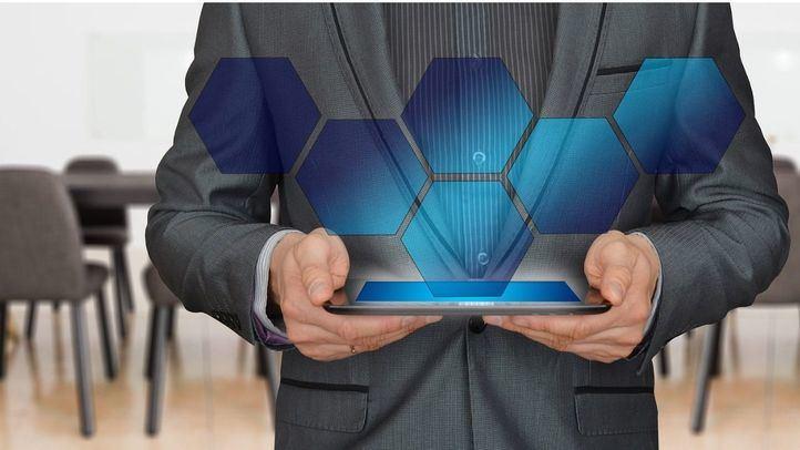Resolutividad, rapidez y personalización: los aspectos que más deberían mejorar las compañías en atención al cliente