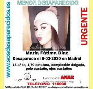 Cartel de una de las menores desaparecidas