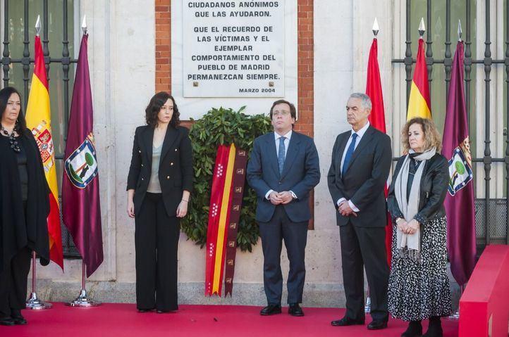 La Comunidad de Madrid celebra un acto íntimo en recuerdo a las víctimas del 11M