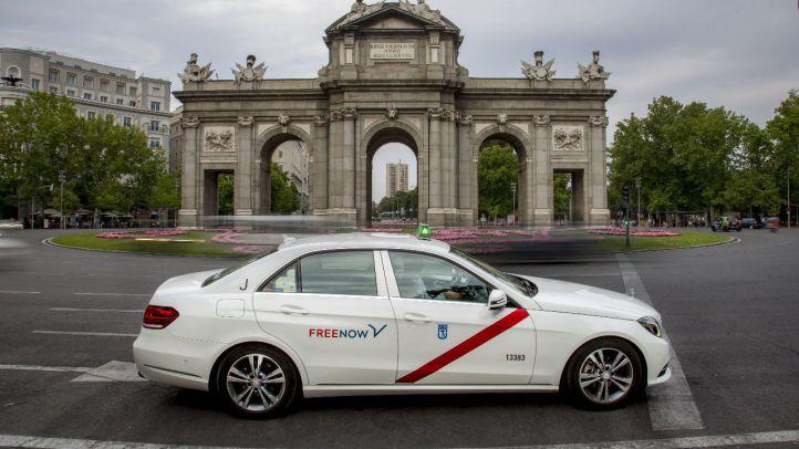 Taxistas de Madrid ofrecen traslados de médicos gratis