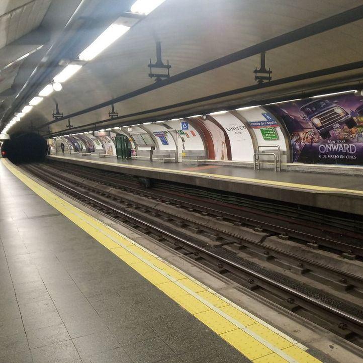Metro registró el jueves una caída del 50% en el número de viajeros