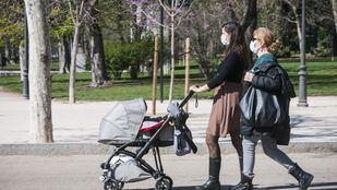 El Ayuntamiento de Madrid cierra todos los parques ante la aglomeración de personas