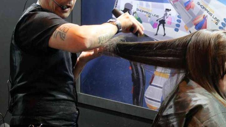 Las redes 'celebran' que permanezcan abiertas peluquerías y tintorerías