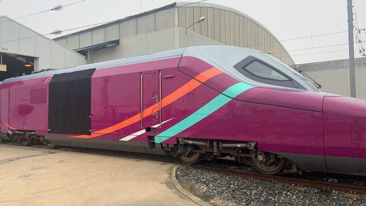 Renfe suspende la puesta en marcha de su tren 'low cost' AVLO