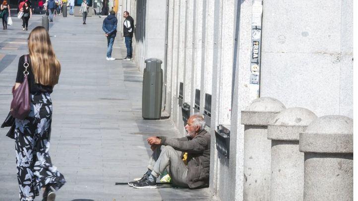 El Ayuntamiento habilita plazas en un hotel y una pensión para personas sin hogar