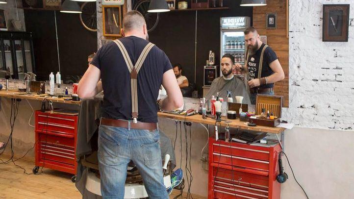 El cierre de peluquerías enfrenta al Gobierno y a la Comunidad de Madrid