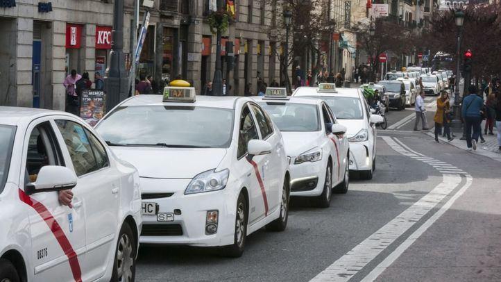 Taxis y VTC trasladarán