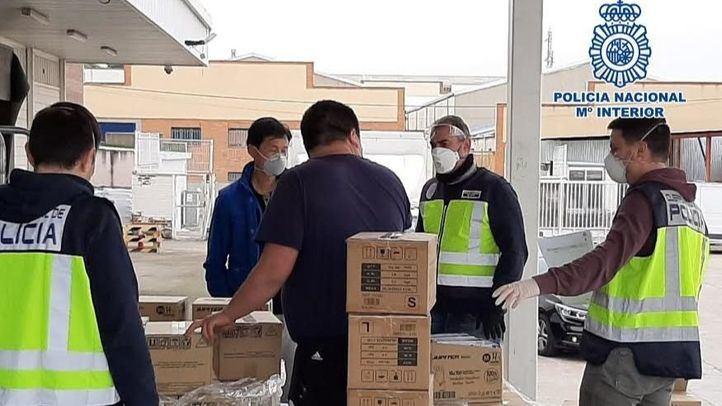 Intervenidos miles de artículos sanitarios en locales comerciales madrileños