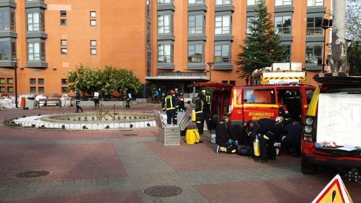 Bomberos desinfectan la residencia de mayores Monte Hermoso