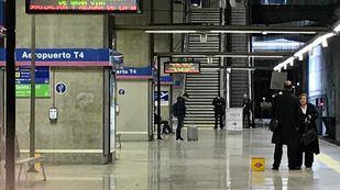 En caída libre el número de viajeros que utiliza en Metro en hora punta