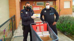 Clece dona material de protección a la Policía Municipal de Parla.
