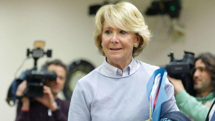 Esperanza Aguirre no ha fallecido: se desmiente el bulo