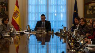 Todo lo que el Consejo de Ministros tiene sobre la mesa: alquileres, autónomos, renta mínima, avales...